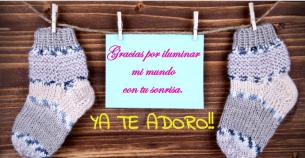 Frases para bebés en postales personalizadas.